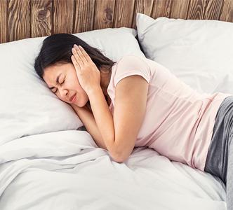 Hogyan lehet enyhíteni a fülfájást? 6 természetes gyógymód